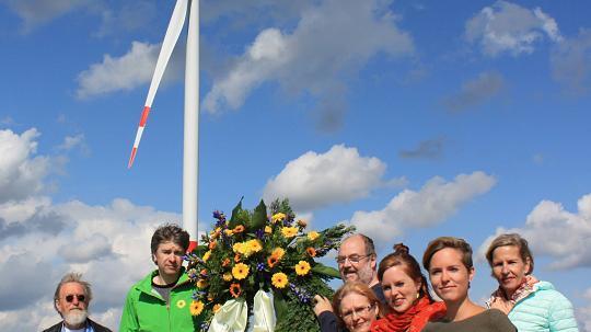 Kranzniederlegung für Windkraft